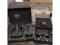 Oculus rift touch controller bundle for sale - East London