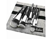 Set of 11 professional make up brushes - brand new