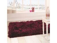 Brand new 160cm x 230cm sumptuous plum rug