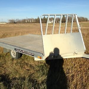 WANTED: 2 place ride on ride off snowmobile trailer