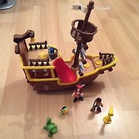 Jake and the never land pirate and ship and figures