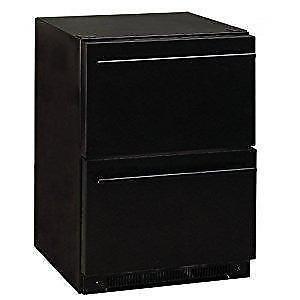 Réfrigérateur compact de 5.5 pi³ à 2 tiroirs noir * PRODUIT NEUF * Haier ( AFICIONADO C122 )