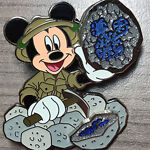 Drusy's Disney Pins & Collectibles