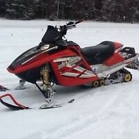 2005 Skidoo mxz 800 H.O. with only 5000 miles