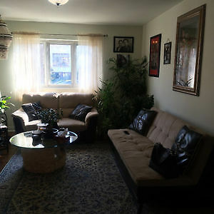 51/2 spacious apartment in Lachine West- First floor of a Duplex