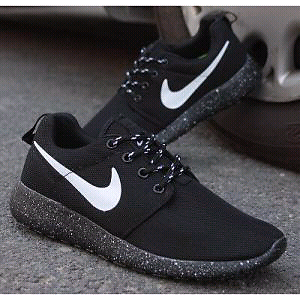 60be888e092b Nike Roshe Run Size 10 Mens running shoes