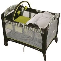 Graco play pen with Baby Bassinet