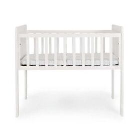 MOTHERCARE HYDE CRIB IN WHITE