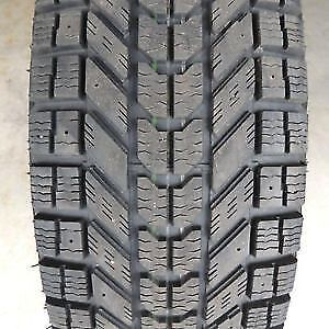 235/65R16 Set of 2 Firestone used winter FREEInst.&Bal.70%tread