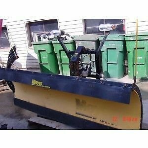 MEYER SNOW PLOW: LIKE NEW CONDITION
