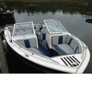 19.5' Peterbourgh Bow Rider with Inboard & trailer
