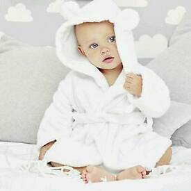 The little white company baby robe. 0-6 months. Brand new