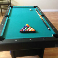 Small Family Size Pool Set