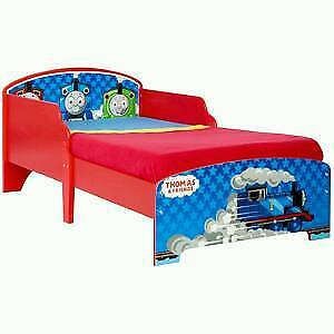 Thomas and Friiends toddler bed