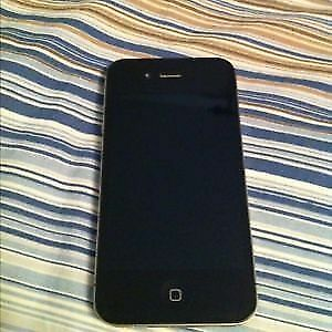 Selling Black iPhone 4 with Fido