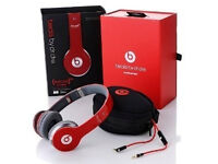 MONSTER BEATS APPLE BY DRE SOLO HD STUDIO HEADPHONES OVERHEAD HEADSET BRAND NEW IN BOX - RED