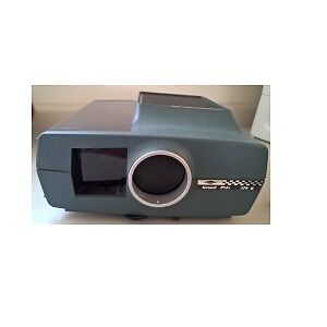 Sawyers Grand Prix 570 R 35mm Slide Projector