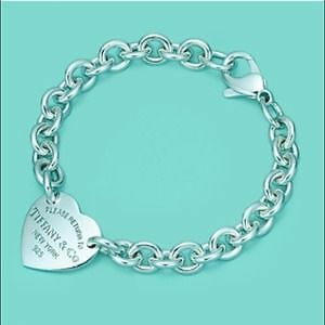 RETURN TO TIFFANY™ HEART TAG CHARM BRACELET