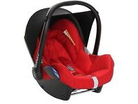 Maxi Cosi Car Seat in Red & Black. Good Condition.