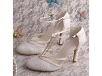 Ivory Lace Wedding Shoes - Size 4