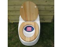 Separate Villa 9010 Toilet (12v or 230v) - wooden seat - Brand new still in original packaging