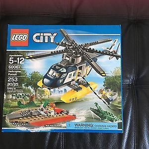 Helicopter Pursuit Lego City.NEW IN BOX. AVAILABLE