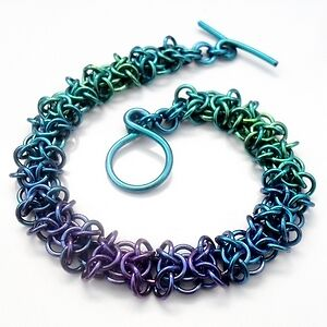 'Water Orc' bracelet by Maille Addiction - made from anodized niobium