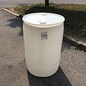 Empty 55 Gallon Drums for Barrel Racing