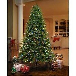 HUGE CHRISTMAS TREE 6.5 FEET TALL --- NEW IN THE BOX ----