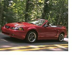 2002 Mustang Covertable only 150000 ks