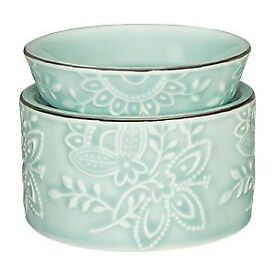2 x Scentsy Warmers