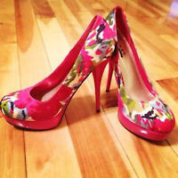 Colorful pink / multicolor size 8 high heel shoes