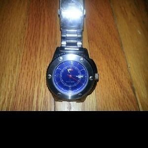 Like New Mens Tommy Hilfiger 100% Stainless Steel Watch