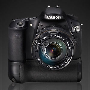 Canon 60D 18MP Digital SLR Camera with battery grip
