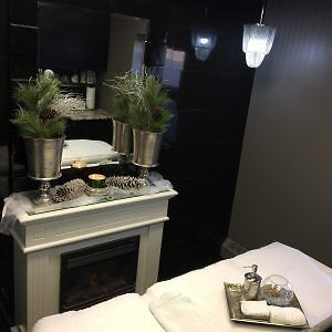 Exclusive FULL Salon Space Available! Kitchener / Waterloo Kitchener Area image 10