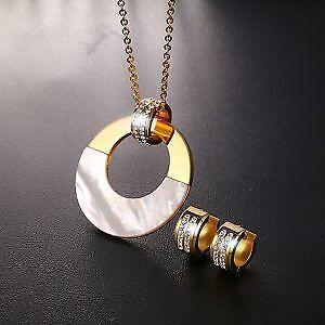 Giveaway Elegant Crystal Jewelry Set!