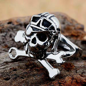 Mens Pirate ring, size 9 .