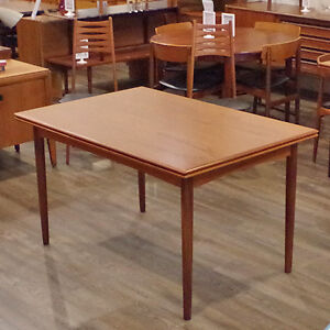 Teak Round Dining Table Buy And Sell Furniture In Ontario Kijiji Classifieds