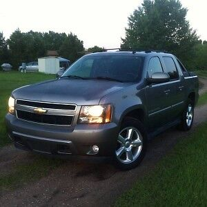 Want to buy a Chevy Avalanche ltz 07+ NO DEALERS