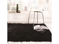 New 120 x 170 sumptuous black rug