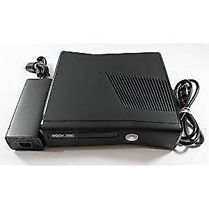 Xbox 360 + Controllers +Games