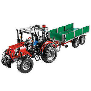 Lego Technic Tractor with Trailer