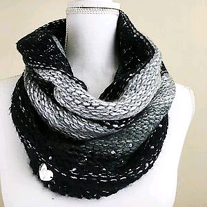 Betsey Johnson infinity scarf - with tags