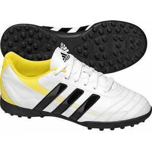 Child's Adidas - football/soccer shoes - size 13K