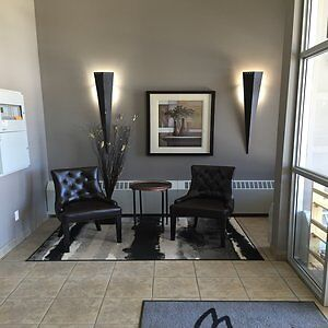 KINGSMERE CONDO - Avail April 1