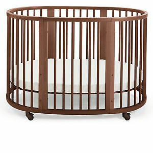 Stokke Oval Baby crib/toddler bed