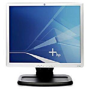 """HP 19"""" LCD Monitor"""