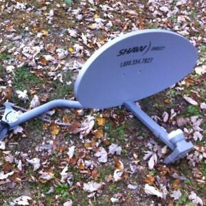 ATTENITION ALL SCRAPERS I WILL BUY THESE OLD SAT DISHES $$$ Windsor Region Ontario image 3