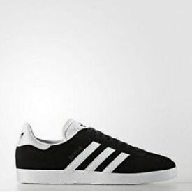 Men's and women's trainers