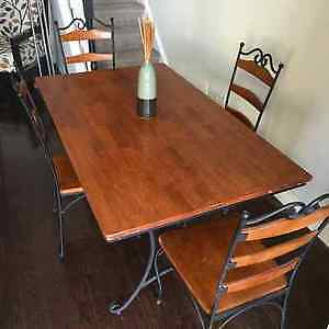 WOOD DINING TABLE SET (+4 chairs)